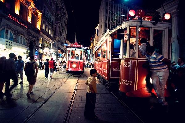 Gece Gece Beyoğlu – Galata
