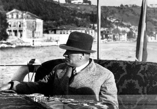 Atatürk'ün izinde İstanbul Turu