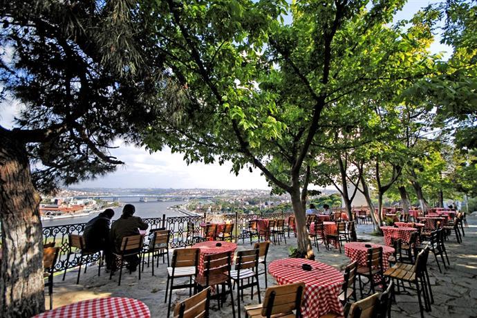 Karaköy'den Eyüp'e İstanbul'un Sır Mekanları